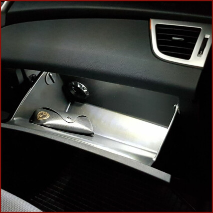 Handschuhfach LED Lampe für Ford Focus Coupe-Cabriolet