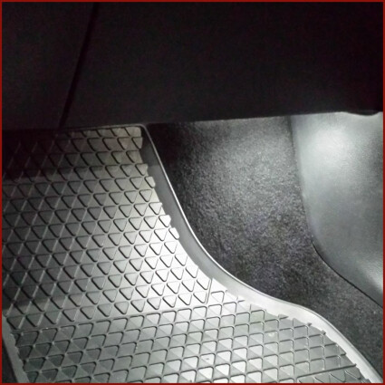 Fußraumbeleuchtung LED Lampe für Peugeot 407 6D/6E